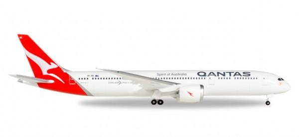 HERPA 530545 Qantas Boeing 787-9 Dreamliner - new colors - VH-ZNA