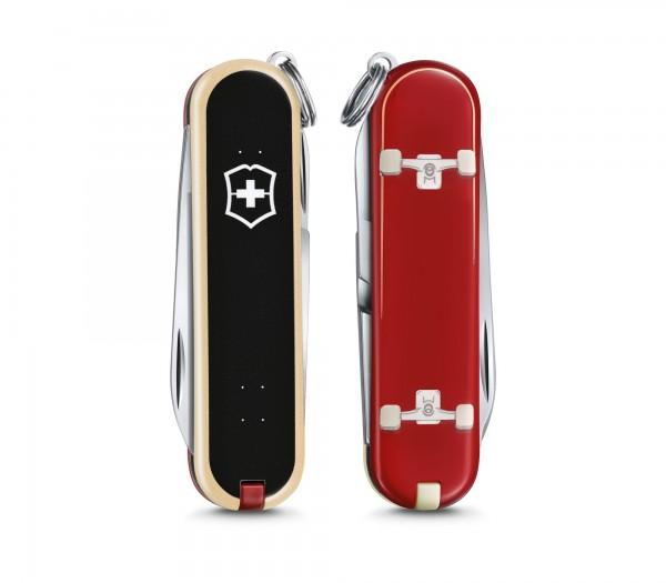 "VICTORINOX 0.6223.L2003 Classic, 58 mm ""Skateboarding"" Limited Edition 2020"