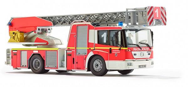 WIKING 043102 Feuerwehr - Drehleiter L32 Metz (MB Econic)