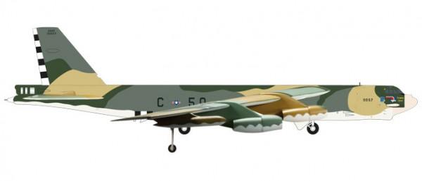 HERPA 559003 U.S. Air Force Boeing B-52H Stratofortress - 644th Bombardment Squadron, 410th Bombard