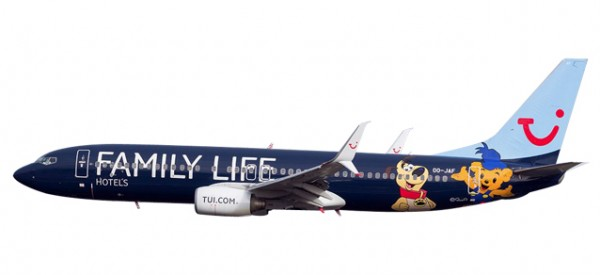 """HERPA 611145 Jetairfly Boeing 737-800 """"Family Life Hotels"""""""