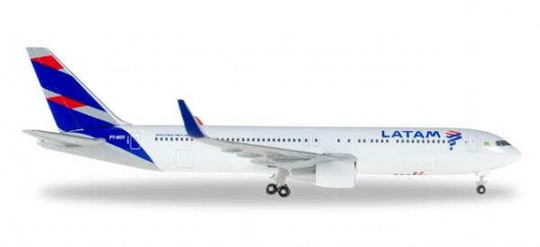 HERPA 529655 LATAM (Brasil) Boeing 767-300