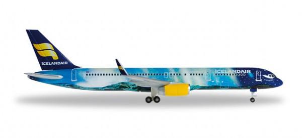 "HERPA 529129 Icelandair Boeing 757-200 ""Hekla Aurora"""