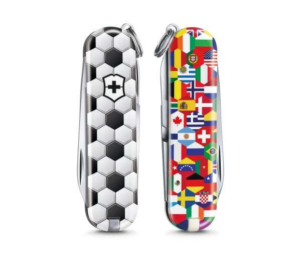 """VICTORINOX 0.6223.L2007 Classic, 58 mm """"World of Soccer"""" Limited Edition 2020"""