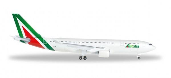 Herpa 528924 Alitalia Airbus A330-200 new 2015 colors