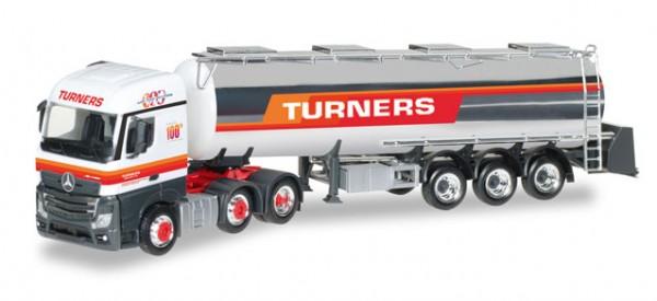 """HERPA 306720 Mercedes-Benz Actros Streamspace Chromtank-Sattelzug """"Turners"""" (GB)"""