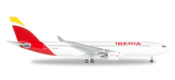 "HERPA 558624 Iberia Airbus A330-200 ""Madrid, Heart of Spain"" - EC-MIL ""Oaxaca"""