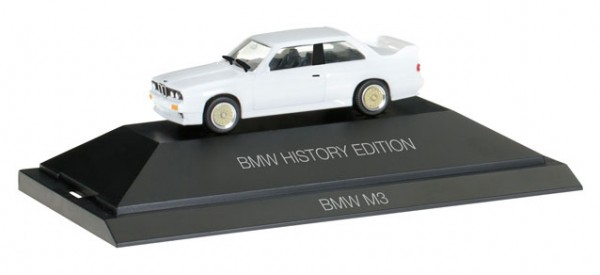 "HERPA 102049 BMW M3 ""BMW History Edition"""