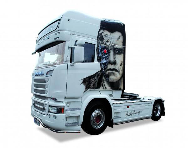 "Herpa 920834 Scania R ´13 Topline Zugmaschine ""Arnold Schwarzenegger"" (A)"